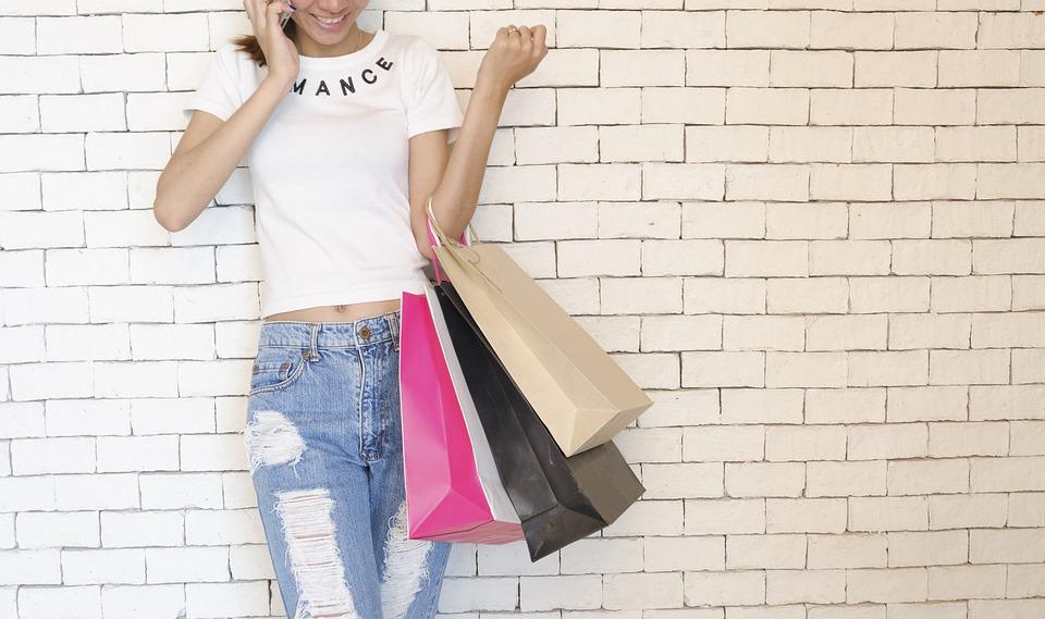 Tote bag publicitaire est un outil pratique adapté de courses