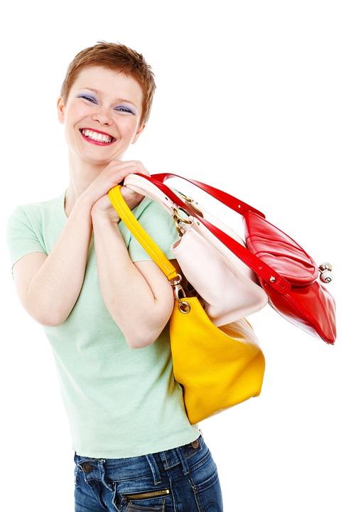 Le sac personnalisable, un accessoire innovant pas cher. C'est un outil pratique réutilisable qui assure la reconnaissance de la marque au niveau supérieur